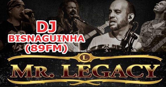 Show de Mr Legacy no Republic Pub com a participação do DJ Bisnaguinha