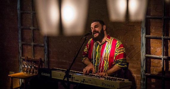 Adriano Grineberg levará o melhor do Blues e Jazz para o Piratininga Bar