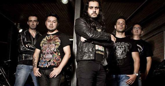 Banda Hot Rocks esquentará a noite no The Blue Pub com clássicos e atuais do Pop Rock