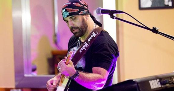 Clássicos e atuais do Rock and Roll agitarão o The Blue Pub no show da banda Mr. Legacy