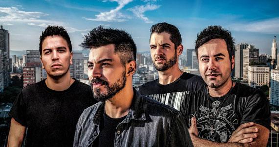 Republic Pub convida a Banda Relive & DJ Well para agitar noite