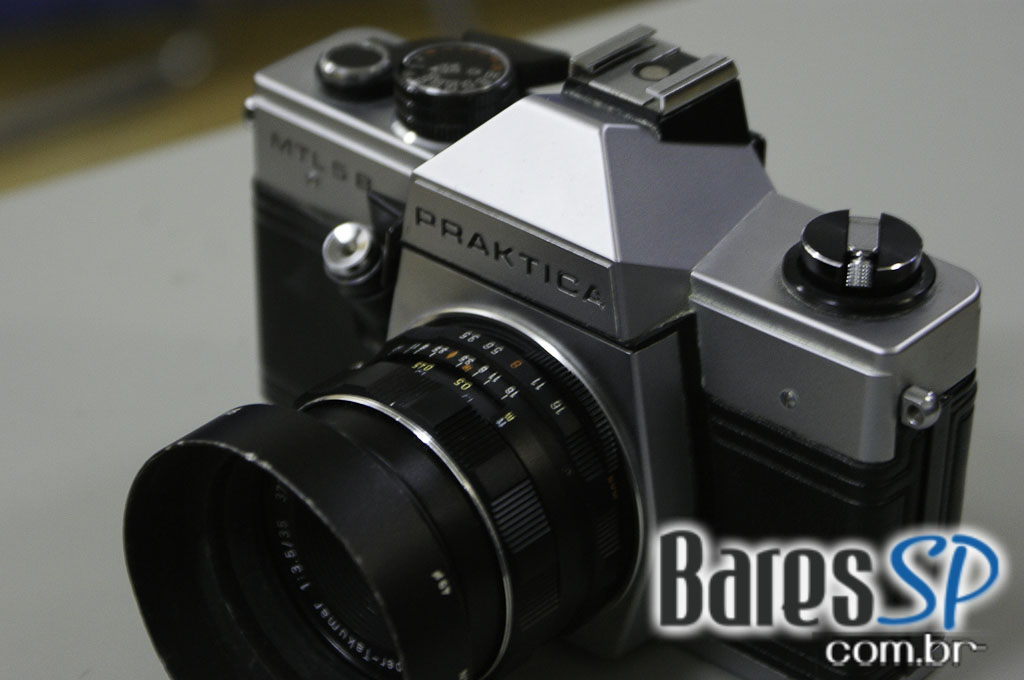 <a href='http://www.facebook.com/sharer.php?u=http://www.baressp.com.br/cursos/fotos/1075&picture=http://www.baressp.com.br/admin/btd_cursos/fotos/1075_13.jpg' target='_blank'><img src='/images/icones/social64x64/facebook.png' alt='Facebook BaresSP' title='Compartilhe esta foto' width='40' /></a>&nbsp;<a href='http://twitter.com/share?text=Compartilhe&amp;lang=pt%26url=http://www.baressp.com.br/admin/btd_cursos/fotos/1075_13.jpg' target='_blank'><img src='/images/icones/social64x64/twitter.png' alt='Twitter BaresSP' title='Compartilhe esta foto' width='40' /></a>&nbsp;<a href='http://www.baressp.com.br/admin/btd_cursos/fotos/1075_13.jpg download><img src='/images/icones/download_icon.png' alt='Download' title='Baixar imagem' width='33' style='margin-bottom:4px;' /></a>
