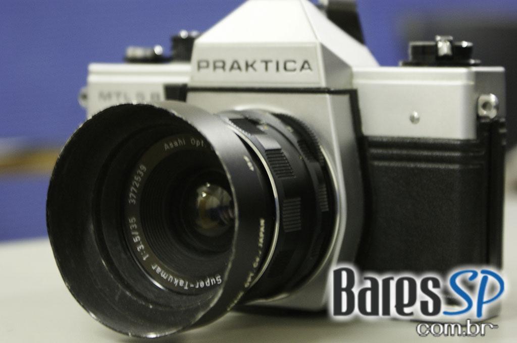 <a href='http://www.facebook.com/sharer.php?u=http://www.baressp.com.br/cursos/fotos/1075&picture=http://www.baressp.com.br/admin/btd_cursos/fotos/1075_15.jpg' target='_blank'><img src='/images/icones/social64x64/facebook.png' alt='Facebook BaresSP' title='Compartilhe esta foto' width='40' /></a>&nbsp;<a href='http://twitter.com/share?text=Compartilhe&amp;lang=pt%26url=http://www.baressp.com.br/admin/btd_cursos/fotos/1075_15.jpg' target='_blank'><img src='/images/icones/social64x64/twitter.png' alt='Twitter BaresSP' title='Compartilhe esta foto' width='40' /></a>&nbsp;<a href='http://www.baressp.com.br/admin/btd_cursos/fotos/1075_15.jpg download><img src='/images/icones/download_icon.png' alt='Download' title='Baixar imagem' width='33' style='margin-bottom:4px;' /></a>