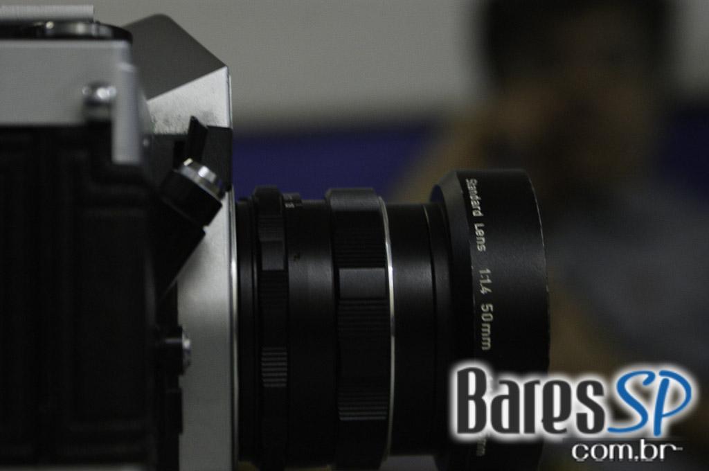 <a href='http://www.facebook.com/sharer.php?u=http://www.baressp.com.br/cursos/fotos/1075&picture=http://www.baressp.com.br/admin/btd_cursos/fotos/1075_22.jpg' target='_blank'><img src='/images/icones/social64x64/facebook.png' alt='Facebook BaresSP' title='Compartilhe esta foto' width='40' /></a>&nbsp;<a href='http://twitter.com/share?text=Compartilhe&amp;lang=pt%26url=http://www.baressp.com.br/admin/btd_cursos/fotos/1075_22.jpg' target='_blank'><img src='/images/icones/social64x64/twitter.png' alt='Twitter BaresSP' title='Compartilhe esta foto' width='40' /></a>&nbsp;<a href='http://www.baressp.com.br/admin/btd_cursos/fotos/1075_22.jpg download><img src='/images/icones/download_icon.png' alt='Download' title='Baixar imagem' width='33' style='margin-bottom:4px;' /></a>