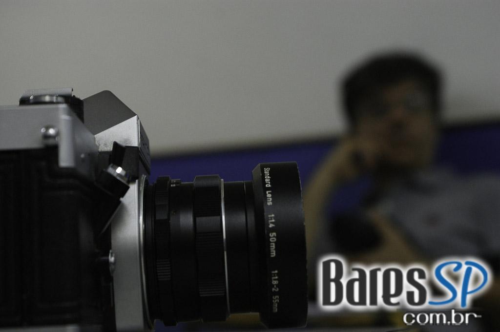 <a href='http://www.facebook.com/sharer.php?u=http://www.baressp.com.br/cursos/fotos/1075&picture=http://www.baressp.com.br/admin/btd_cursos/fotos/1075_23.jpg' target='_blank'><img src='/images/icones/social64x64/facebook.png' alt='Facebook BaresSP' title='Compartilhe esta foto' width='40' /></a>&nbsp;<a href='http://twitter.com/share?text=Compartilhe&amp;lang=pt%26url=http://www.baressp.com.br/admin/btd_cursos/fotos/1075_23.jpg' target='_blank'><img src='/images/icones/social64x64/twitter.png' alt='Twitter BaresSP' title='Compartilhe esta foto' width='40' /></a>&nbsp;<a href='http://www.baressp.com.br/admin/btd_cursos/fotos/1075_23.jpg download><img src='/images/icones/download_icon.png' alt='Download' title='Baixar imagem' width='33' style='margin-bottom:4px;' /></a>