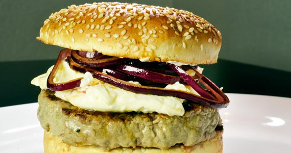 Red Onion & Cheese Burger