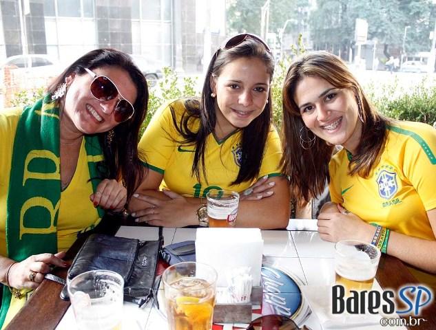 Seleção Brasileira de Bares na Copa do Mundo de 2010 Br3 Site sites cases image