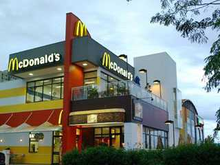 Mc Donald´s Central Plaza Shopping