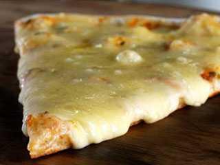 O Pedaço da Pizza - Vila Olímpia/bares/fotos/MussarelaPedacodaPizza.jpg BaresSP