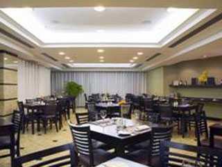 Restaurante Quatro Estações (Bourbon Alphaville)/bares/fotos/Quatro-Estações.jpg BaresSP