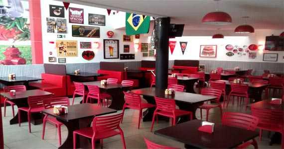Redd Burger/bares/fotos/Redd_salao.jpg BaresSP