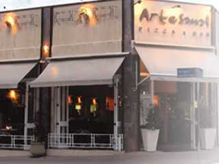 Artesanal Pizza Bar