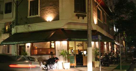 Bar DuJuZé/bares/fotos/bardujuze_fachada_tratada.jpg BaresSP