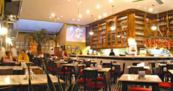 Bar Mooca ofecere happy hour tradicional com promoção no balde de cervejas Eventos BaresSP 570x300 imagem