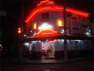 Dom Burger/bares/fotos/burger.jpg BaresSP
