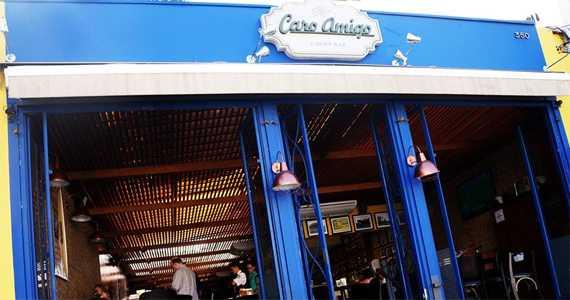 Caro Amigo, na Vila Mariana, oferece happy hour na segunda-feira Eventos BaresSP 570x300 imagem