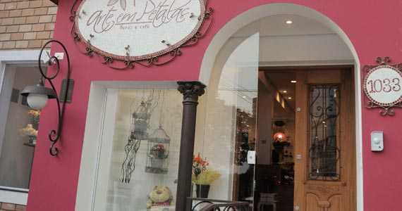 Arte em Pétalas, Flores e Café/bares/fotos/fachada_arteempetalas.jpg BaresSP