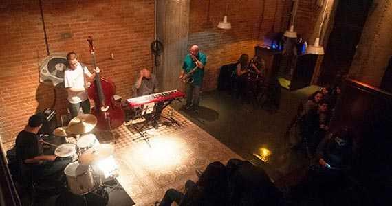 Jazz B/bares/fotos/jazzb6.jpg BaresSP