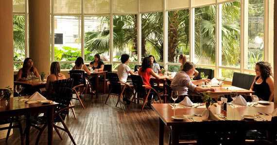 Jorge Restaurante - Jardins/bares/fotos/jorgerestaurante_ambiente.jpg BaresSP