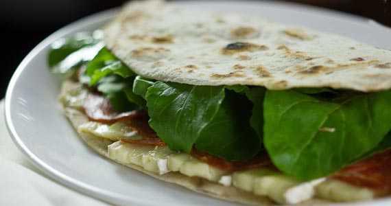 La Piadina Cucina Italiana BaresSP 570x300 imagem