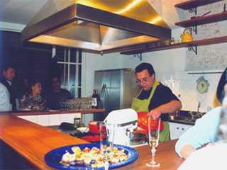 Madame Aubergine Atelier Escola de Cozinha BaresSP 570x300 imagem