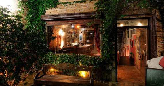 Bar madeleine bares vila madalena s o paulo baressp for Bar rustico para casa