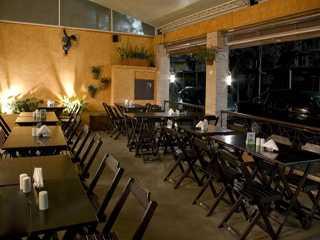 R stico bar e grill restaurantes vila mariana s o for Mobiliario rustico para bares