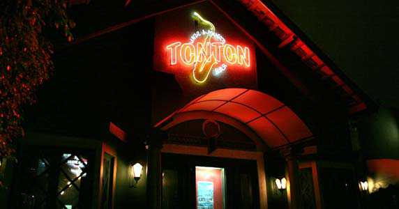 Ton Ton Jazz & Music Bar/bares/fotos/tonton_fachada.jpg BaresSP