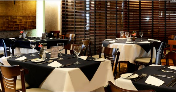 All Seasons Restaurant BaresSP 570x300 imagem