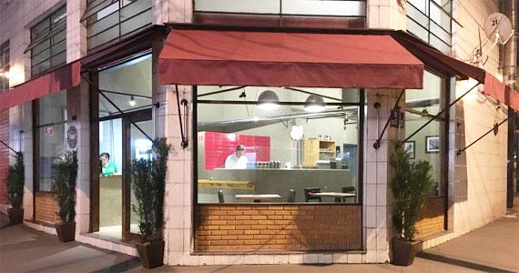 Pizzaria Pommmodoro/bares/fotos2/Pizzaria_Pommmodoro_fachada-min.jpg BaresSP