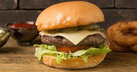 Redbone Burger/bares/fotos2/Redbone_01-min.jpg BaresSP