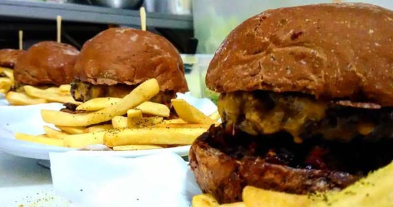 Du Chef Burger DCB/bares/fotos2/ducheff_2-min.jpg BaresSP