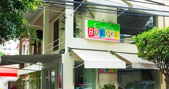 Família Burger/bares/fotos2/familia_burger_fachada-min.jpg BaresSP