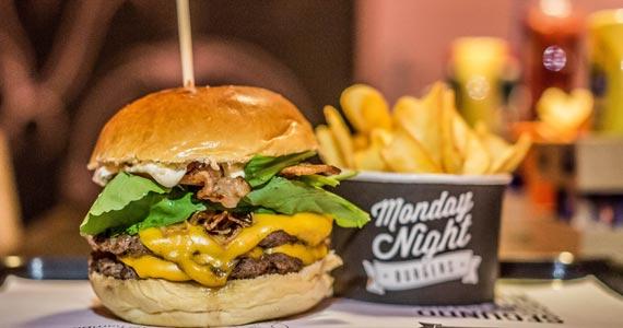 Monday Night Burgers  BaresSP 570x300 imagem