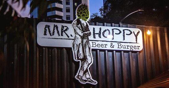 Mr. Hoppy inaugura nova unidade na Mooca com 1000 chopps grátis Eventos BaresSP 570x300 imagem