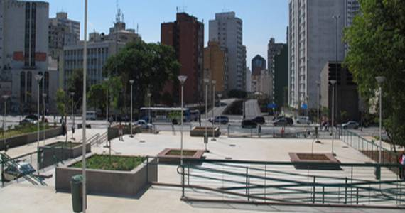 Praça Franklin Roosevelt/bares/fotos2/praçarousselt2.jpg BaresSP
