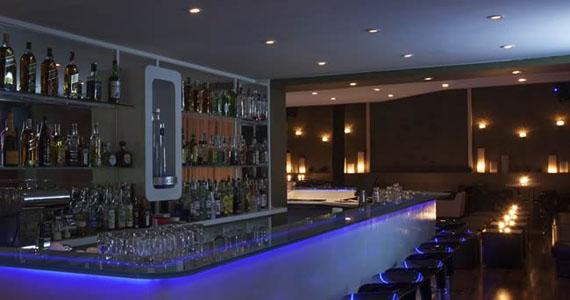 00 São Paulo Lounge Bar retira produtos russos do cardápio como protesto contra as polêmicas leis aprovadas na Rússia contra os homossexuais Eventos BaresSP 570x300 imagem