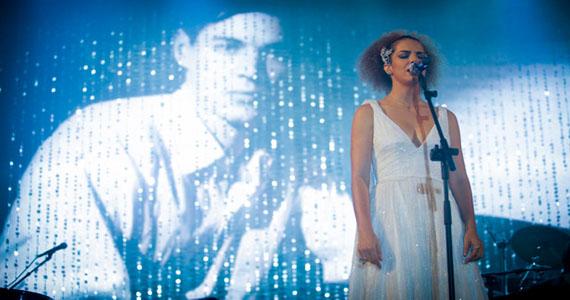 Vanessa da Mata homenageia Tom Jobim em duas apresentações exclusivas no Credicard Hall Eventos BaresSP 570x300 imagem