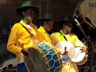 Banda Cabaçal dos Irmãos Aniceto faz show gratuito em São Paulo Eventos BaresSP 570x300 imagem