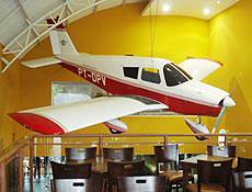 Outubro tem programação nova no Bar Brahma Aeroclube. Eventos BaresSP 570x300 imagem