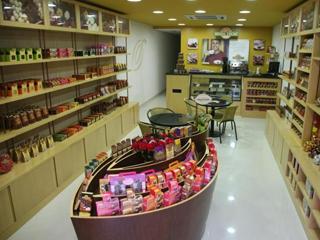 Brasil Cacau inaugura mais três novas lojas  Eventos BaresSP 570x300 imagem