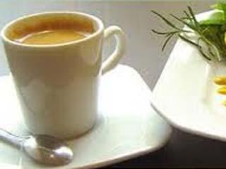 Delicioso Drink Alcoólico de café com cítricos Eventos BaresSP 570x300 imagem