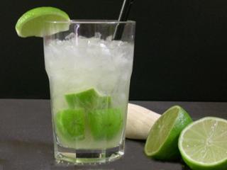 Drinques clássicos são uma das opções para os exigentes apreciadores de bebidas Eventos BaresSP 570x300 imagem
