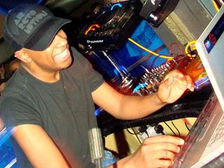 DJ Marky toca no club Hot Hot, centro de SP, dia 22 Eventos BaresSP 570x300 imagem