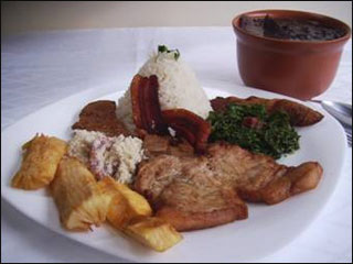 Jardins ganha feijoada caprichada no Restaurante Dalorena Eventos BaresSP 570x300 imagem