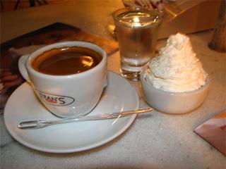 Verão no Fran's Café é assim: leveza, refrescância e qualidade  Eventos BaresSP 570x300 imagem