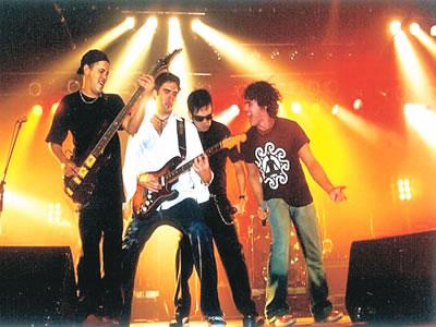 Banda Fullgáz é a atração do música na Praça Eventos BaresSP 570x300 imagem