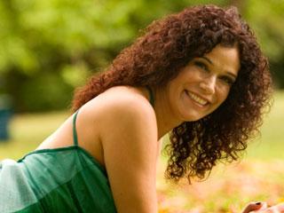 Glaucia Nasser se apresenta no Ao Vivo Music  Eventos BaresSP 570x300 imagem