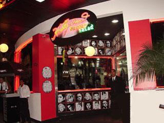 Hollywood Burger: Nova casa paulistana apresenta o glamour do cinema Eventos BaresSP 570x300 imagem