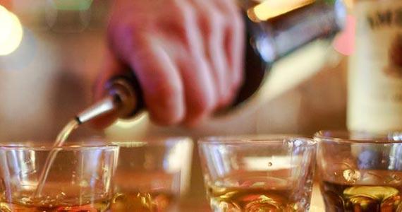 Drinks com whiskey são destaques no cardápio de cinco bares em São Paulo Eventos BaresSP 570x300 imagem